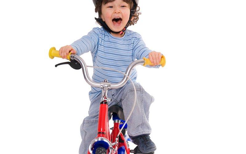 dijete na biciklu