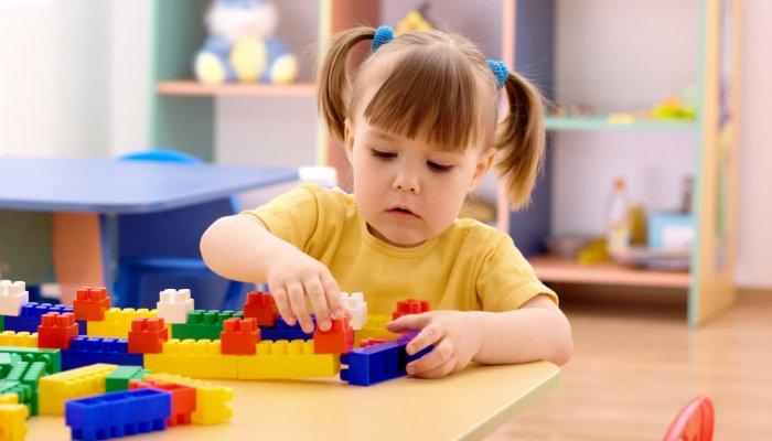 dijete u igri